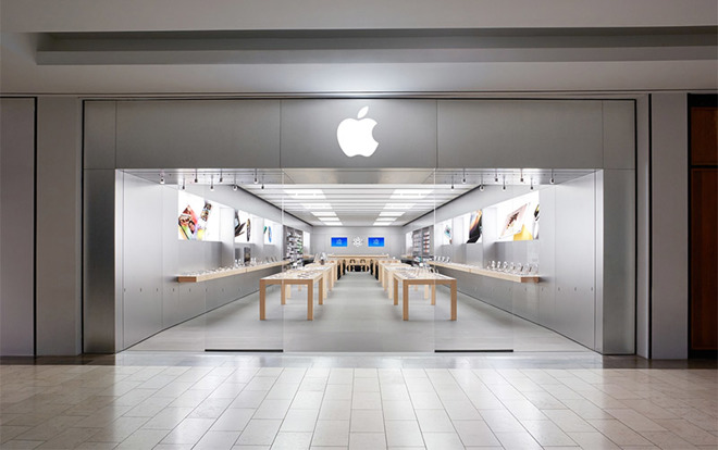 Band of thieves swipe $13K in iPhones from busy Apple store