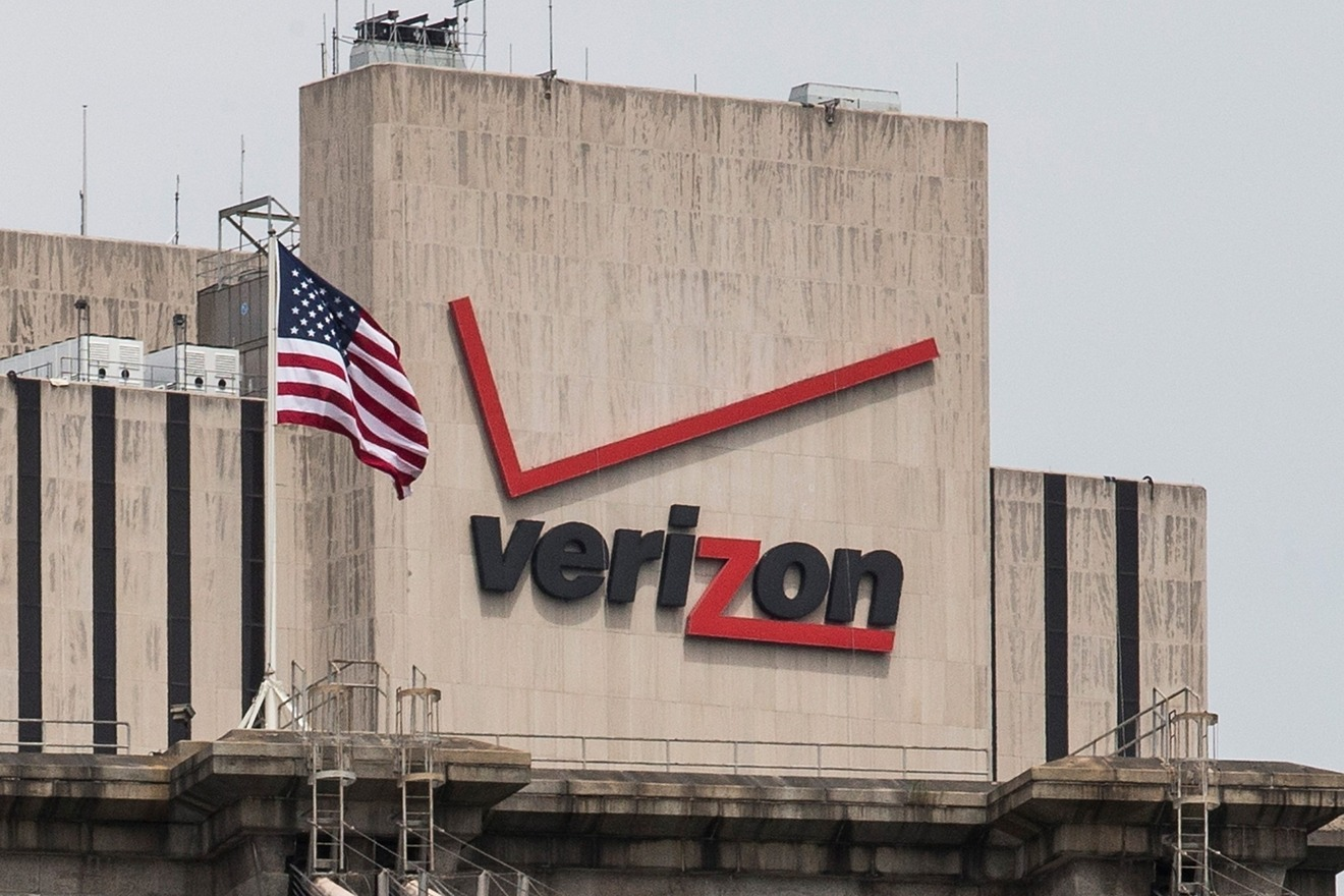 Verizon Unlimited plan resurrected with 4G, talk, text for $80 per month [u]