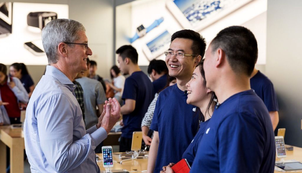 Apple's iPhone Drops to Fifth Place in Chinese Smartphone Market