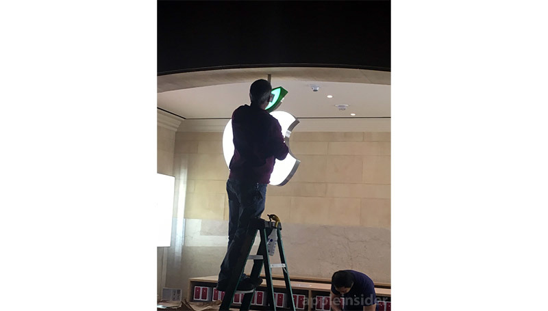 photo image Apple stores install special signage in celebration of Earth Day