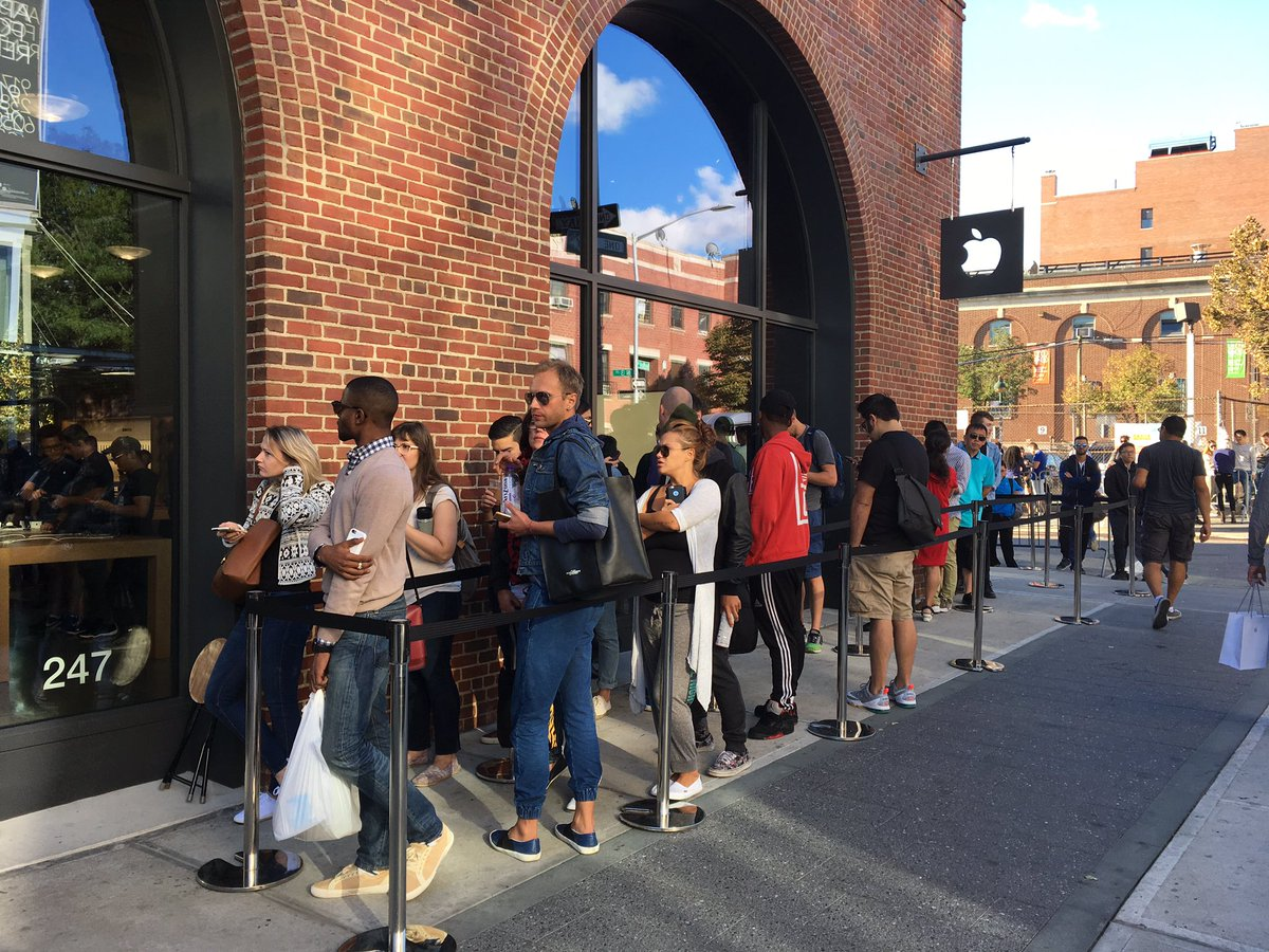Piper Jaffray downplays reports of bad iPhone 7 sales, sees similarities to iPhone 6 launch