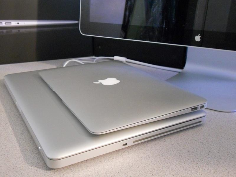 MacBook Air 11 and Pro 15