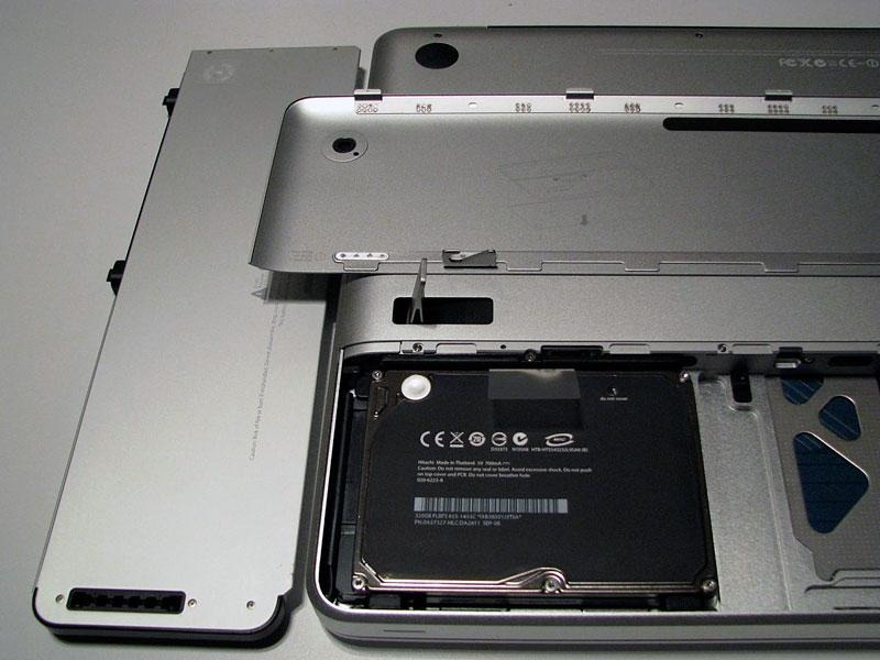 Removable batteries used to exist in MacBooks, but design language prevents it today.