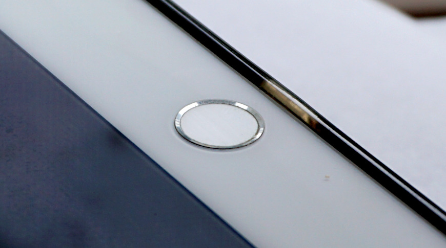 iPad Pro Home button with Touch ID