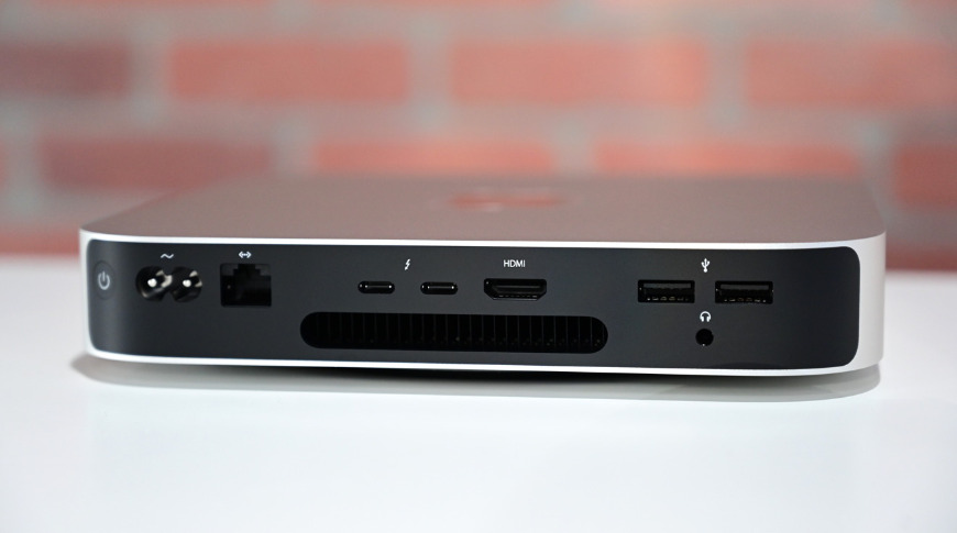 The M1-based Mac mini has only two Thunderbolt 3 ports