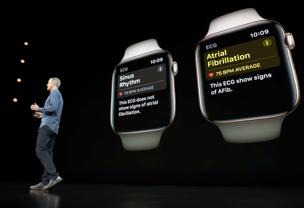 COO Jeff Williams on stage, discussing new Apple Watch health features