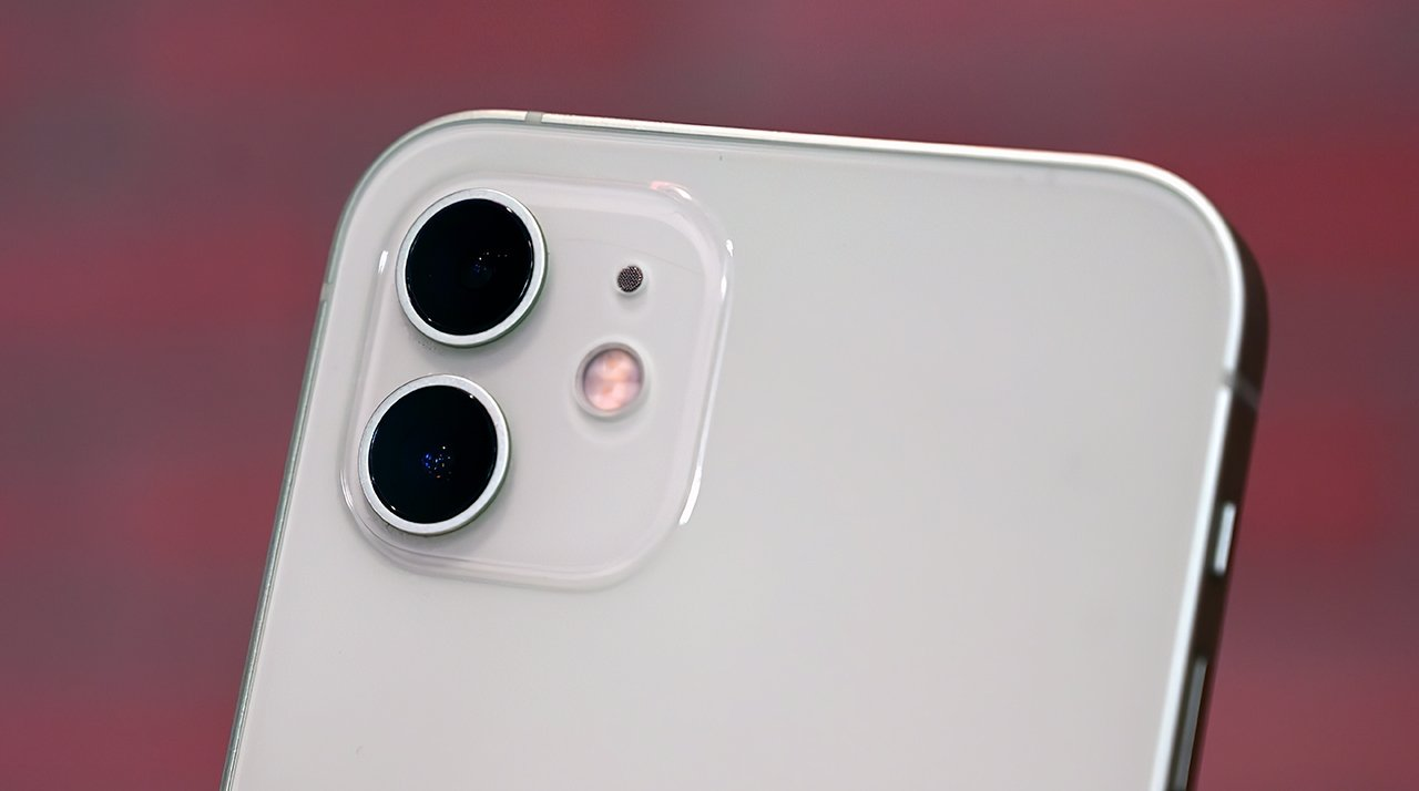 New 7-element lens and better image processing make for a much-improved camera