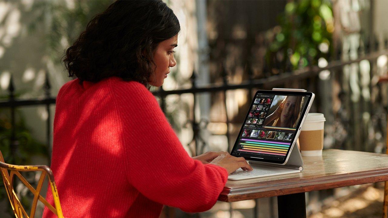 Apple launched a white Magic Keyboard alongside the 2021 iPad Pro updates