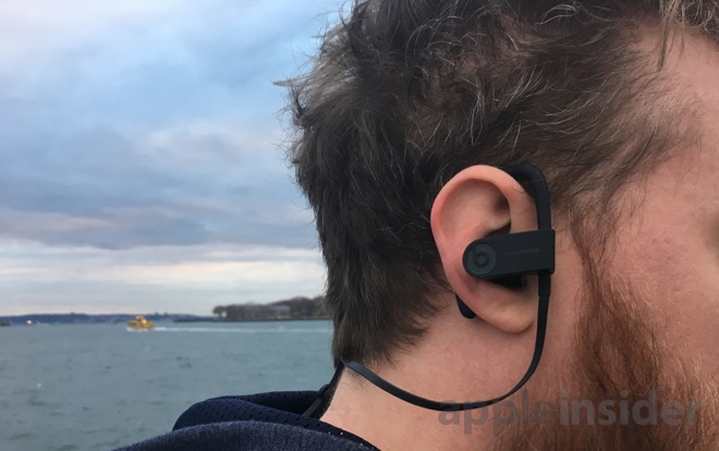 022e785232b Apple also includes a series of swappable rubber earpiece nubs —four in  all— in the box for customizable sizing options. These allow users to find  one that ...