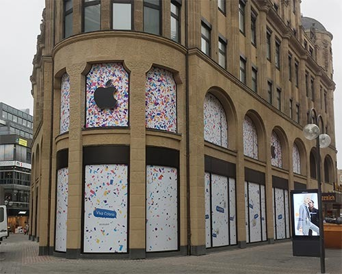 first pictures from outside of new cologne germany apple store at schildergasse emerge. Black Bedroom Furniture Sets. Home Design Ideas