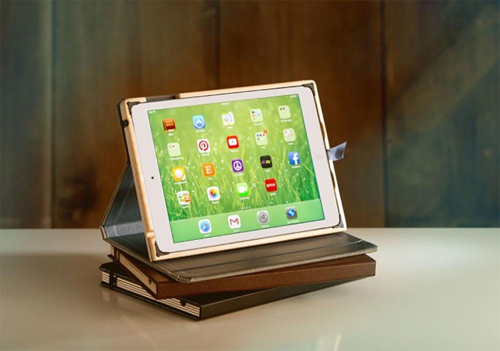 Pad and Quill Contega iPad Case