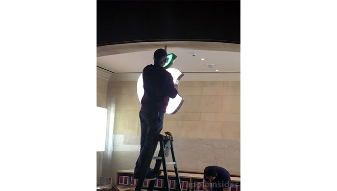 Apple stores install special signage in celebration of Earth Day