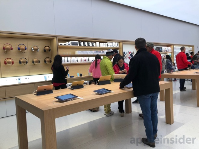 Like Other New And Newly Renovated Apple Stores, The Crabtree Valley Mall  Location Now Boasts Custom Built Furniture ...