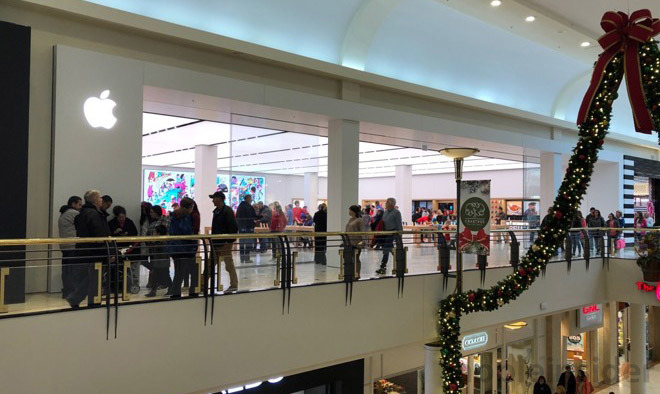 Apple Opens Larger Relocated Store In Raleigh S Crabtree