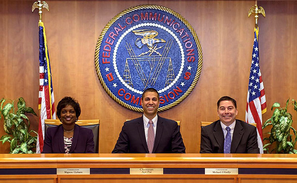 Push to reverse FCC rollback of net neutrality rules gets Senate boost