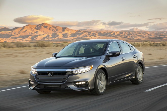 CarPlay marquee feature of new Honda Insight & Lexus UX