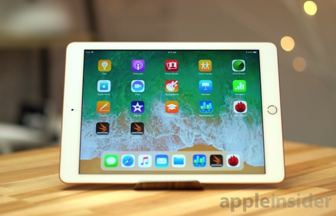 Apple 2018 iPad in Gold