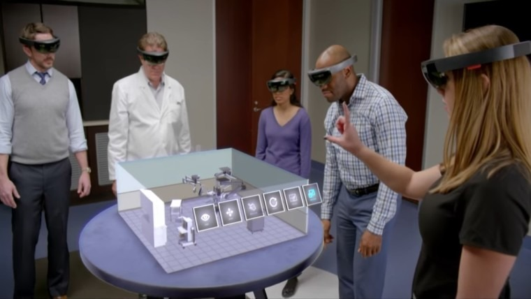 HoloLens group work AR