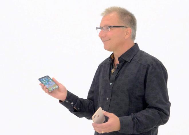 Apple's Greg Joswiak with iPhones