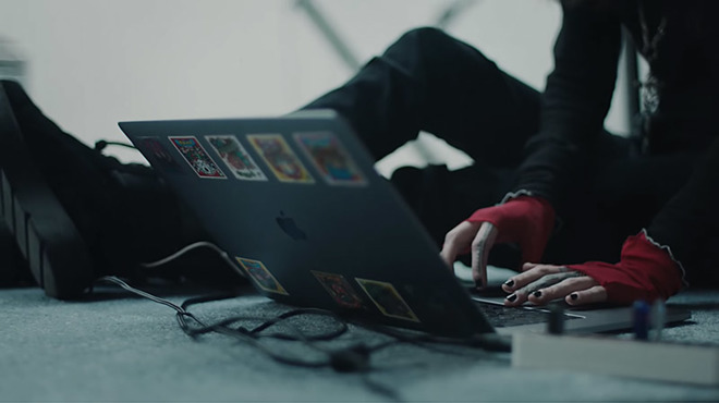 Apple's new 'Behind the Mac' ad campaign puts spotlight back on