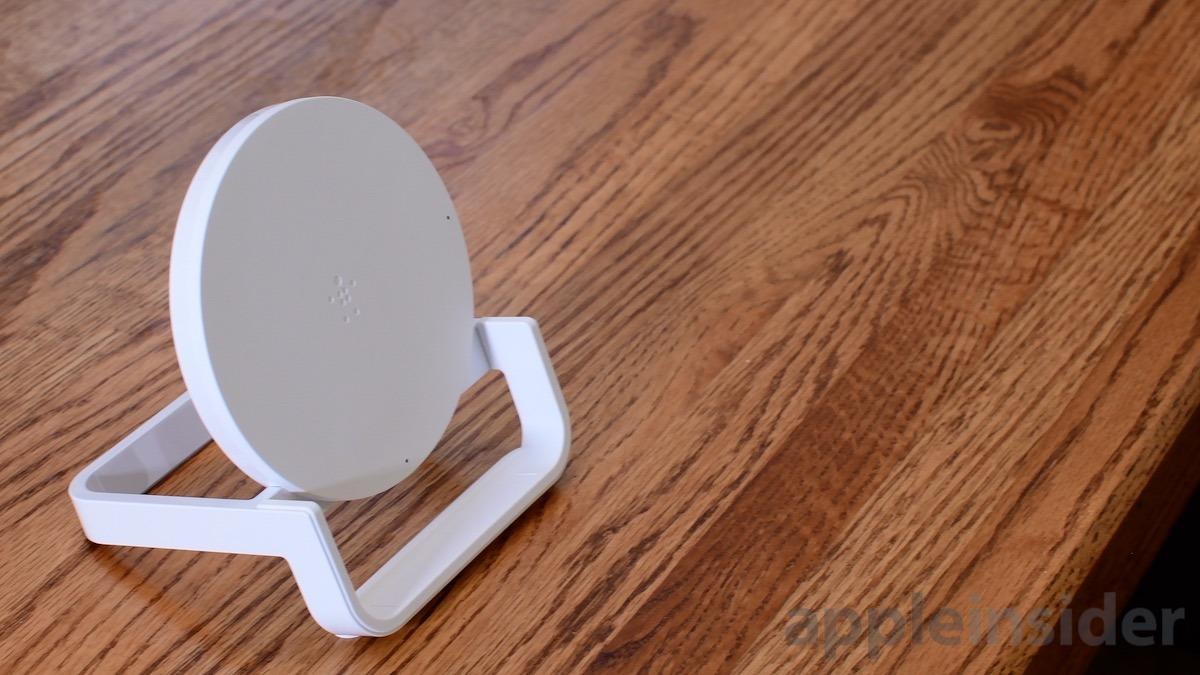 Belkin Bold Wireless Charging Stand