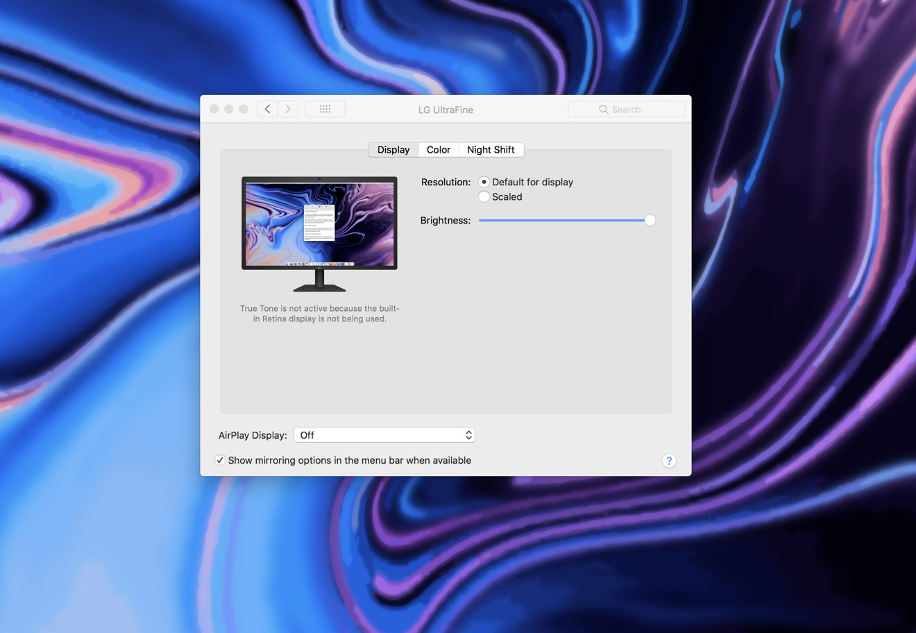 True Tone test with MacBook Pro in