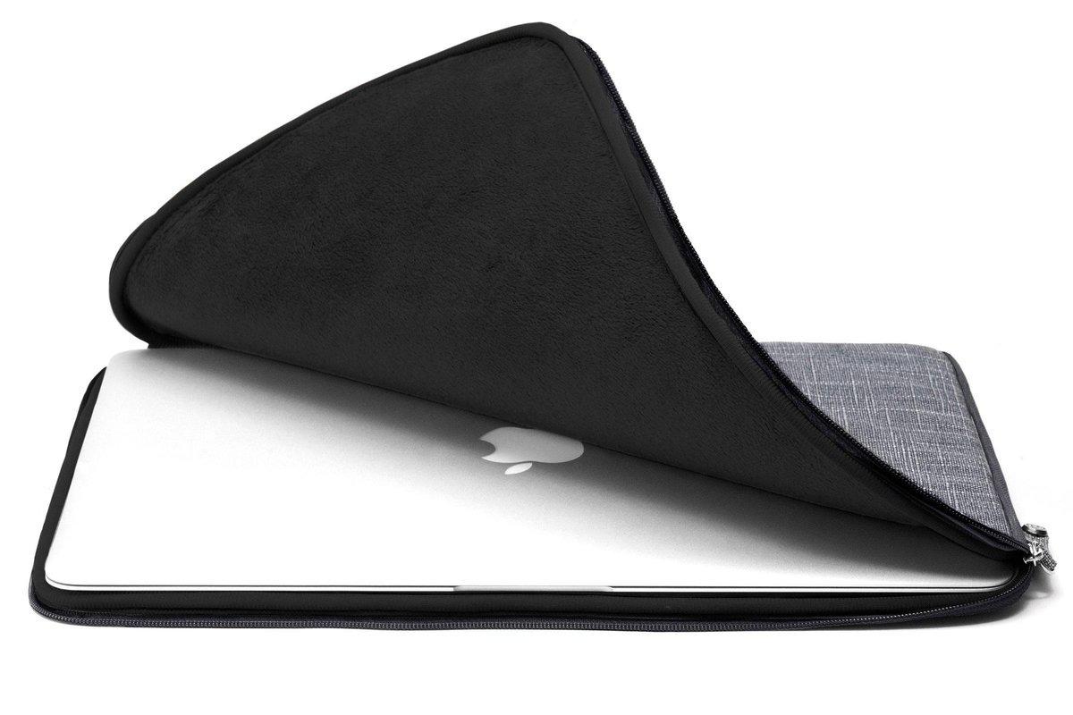 booq Mamba MacBook Pro sleeve