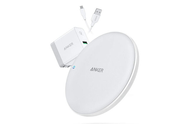 Anker PowerWave Fast Wireless Charging Pad for iPhone XS