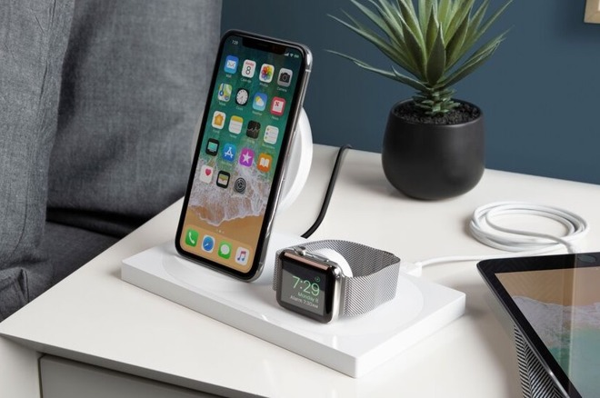 e75dc4ee2ce82f ... that allows an iPhone and an Apple Watch to be recharged from the same  stand, with the Boost Up Dock offering minimalist stylings alongside an  updated ...
