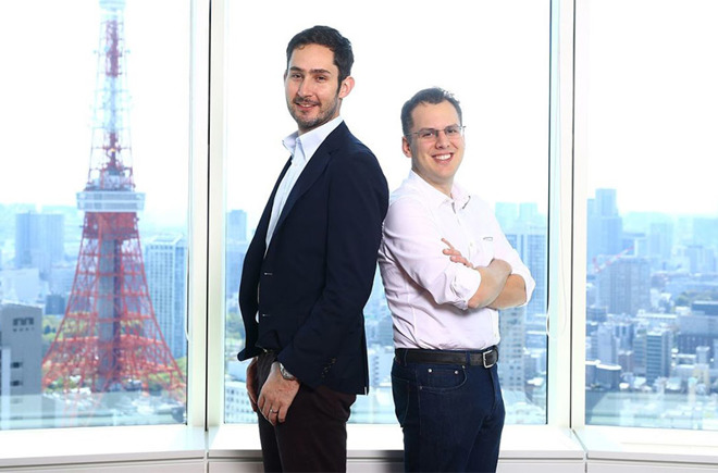 ¿Cuánto mide Kevin Systrom? - Real height 27790-42043-180924-Instagram-l