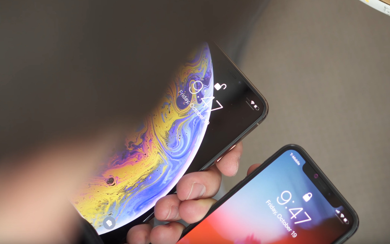 Testing different angles for Face ID unlock on the iPhone X versus iPhone XS