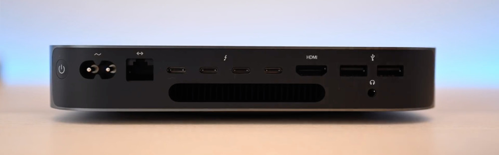 2018 Mac mini ports (from left to right): power, Ethernet, (4x) Thunderbolt 3, HDMI 2.0, (2x) USB 3.0 Type-A, 3.5mm headphone jack
