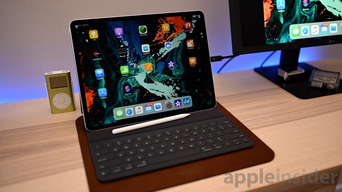 Review Apple S Smart Keyboard Folio Is The Best Option For The Ipad Pro But Has Too Many Compromises Appleinsider