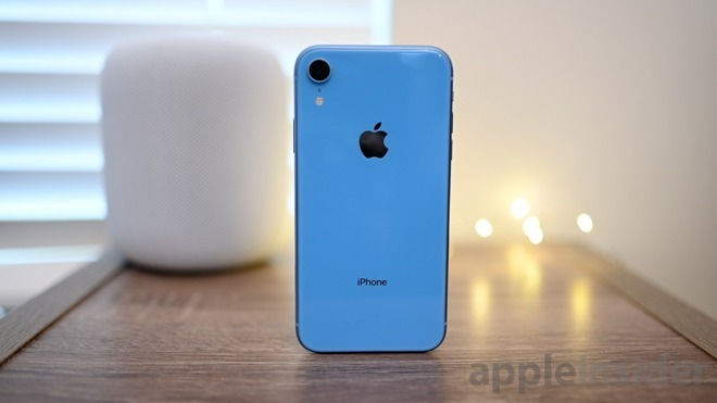 buy online 95691 30a6b UBS cuts AAPL target price by $15 over low iPhone XR demand ...