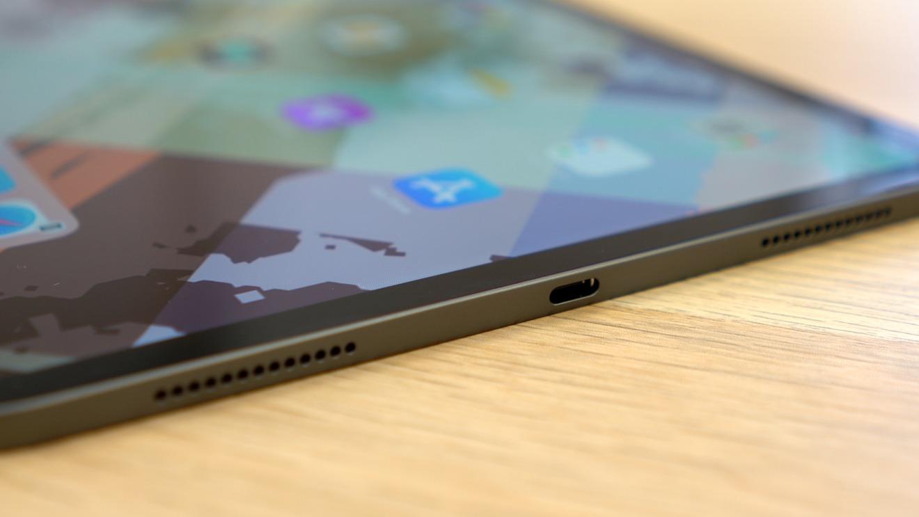11-inch iPad Pro USB-C Port
