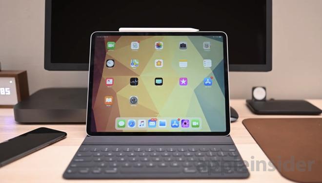 12.9-inch iPad Pro with Smart Keyboard Folio