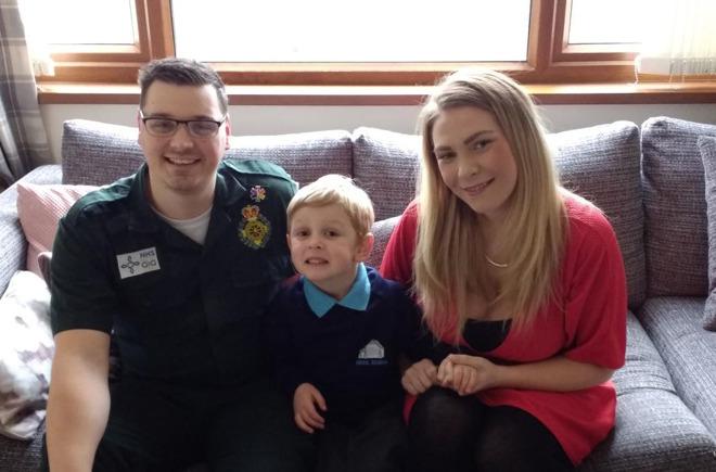 Beau and Jess Austin with operator Ashley Page (via Welsh Ambulance Service)