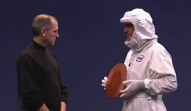 Steve Jobs welcomes Intel to the Mac