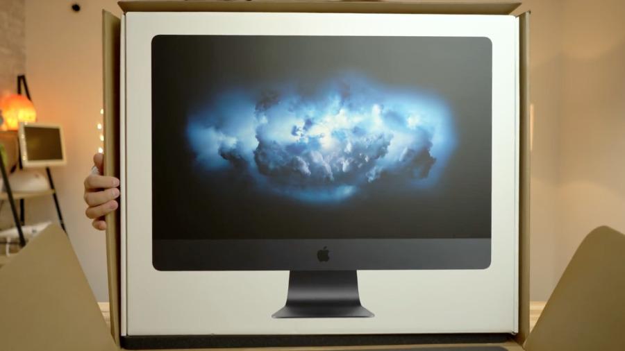 Unboxing a Mac