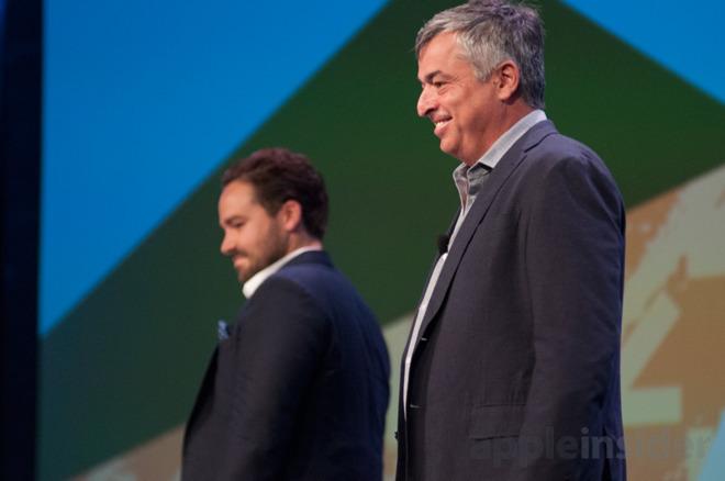 Eddy Cue (right)
