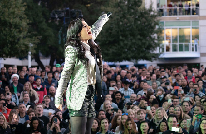 Idina Menzel performs at Apple's holiday Beer Bash. | Source Tim Cook via Twitter