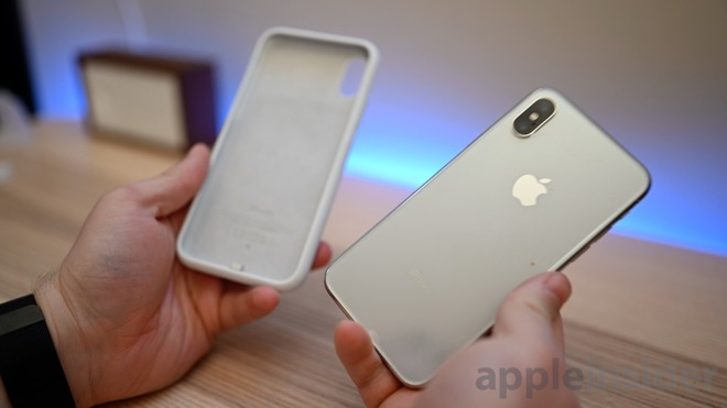 huge selection of cec67 53e39 Review: Apple's iPhone Smart Battery Case finally grows up