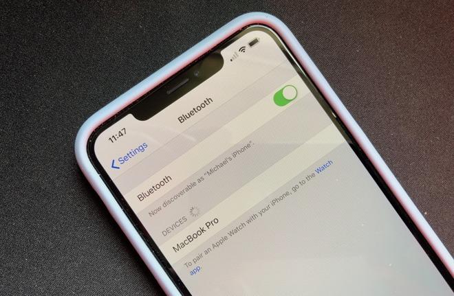 The Bluetooth menu in the iPhone XS