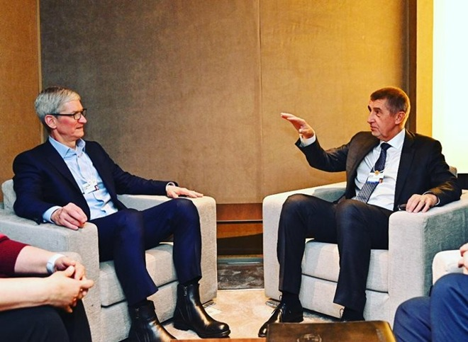 Tim Cook and Andrej Babis