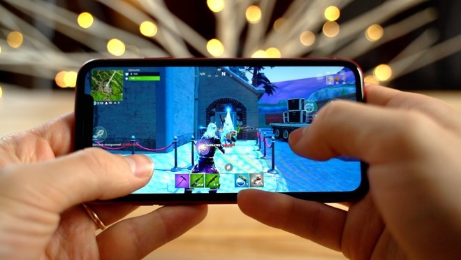 Fortnite on the iPhone XR