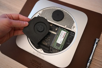 Extracting the fan from the Mac mini
