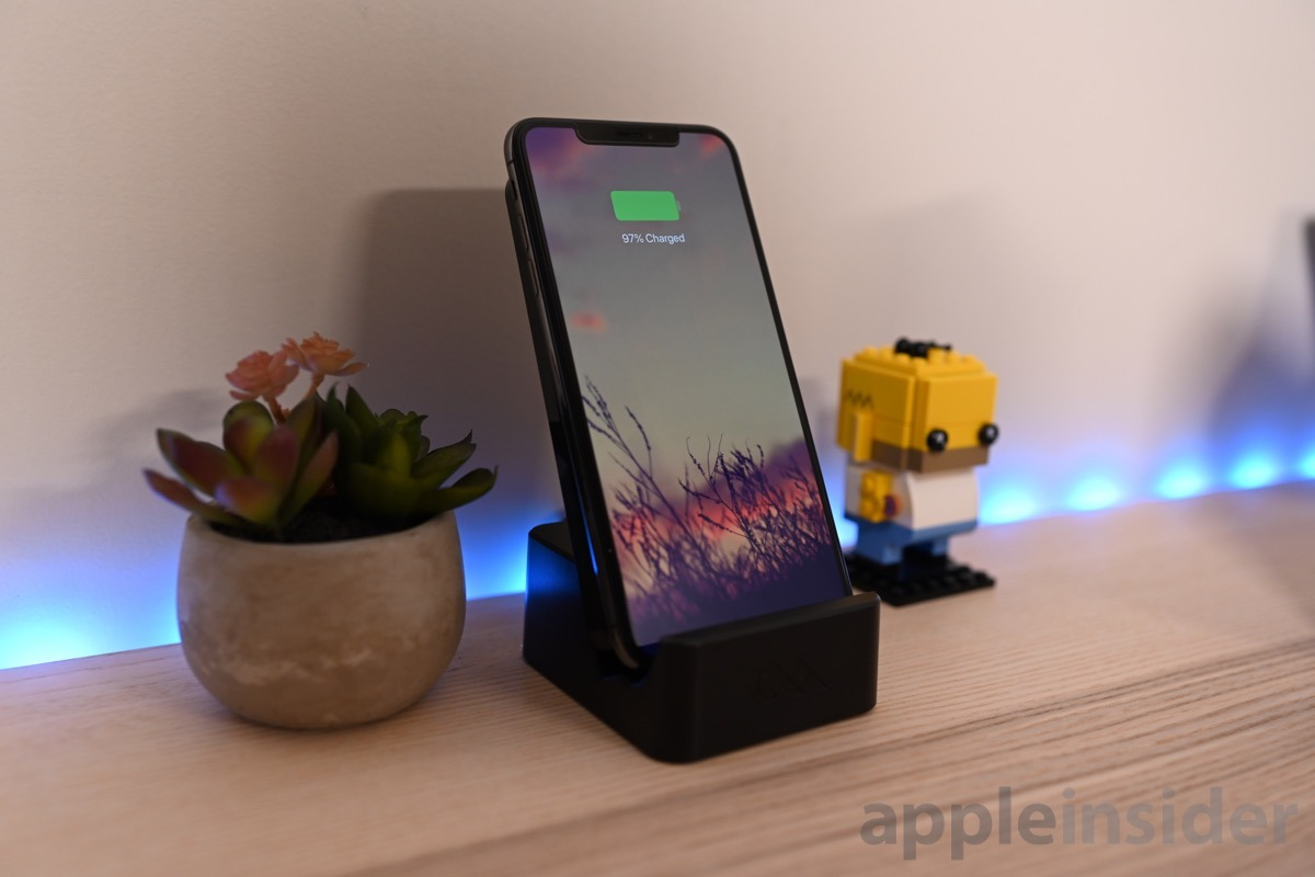 Review: Case-Mate Power Pad is a unique wireless charger that works in multiple orientations