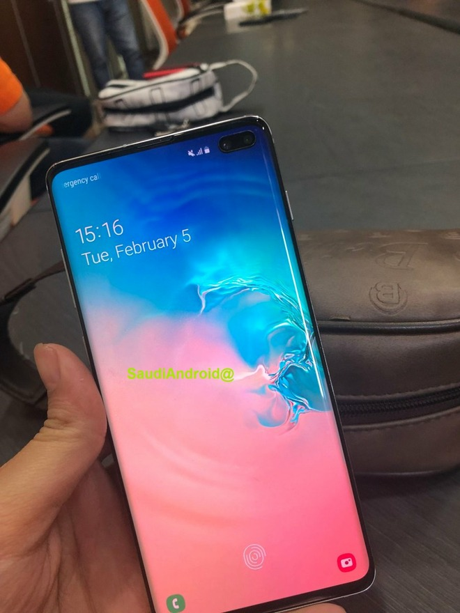 A supposed leak of the Galaxy S10+.