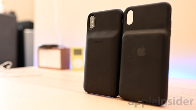 finest selection c5e04 7c601 Compared: Apple's Smart Battery Case versus Mophie Juice Pack Access