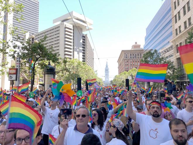 Apple at 2018 San Francisco Pride